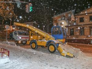 С улиц Нижнего Новгорода вывезли 25 тысяч кубов снега за два дня