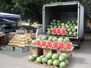 Рейды по продаже фруктов и овощей состоялись в Автозаводском районе