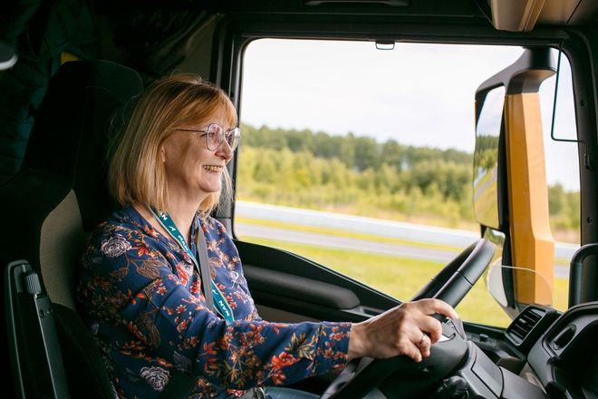Немецкий лев в России: нижегородцам показали новые грузовики MAN - фото 8