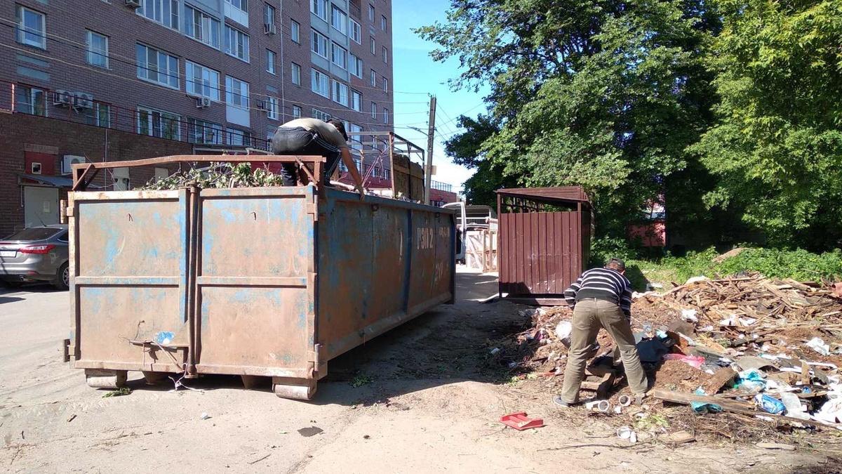 20 кубометров мусора вывезли с незаконной свалки в Советском районе - фото 1