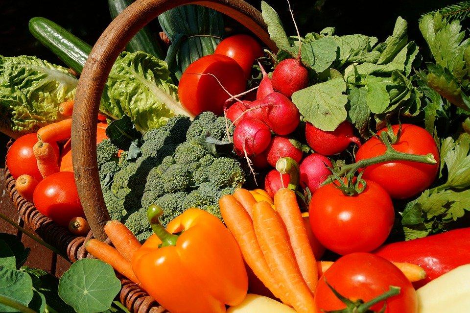 Восемь продуктов, которые быстро испортятся в холодильнике - фото 1
