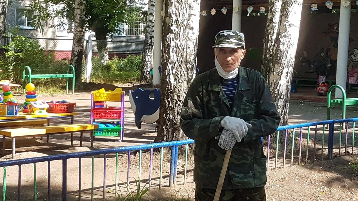 Стихотворение о Городе трудовой доблести написал пенсионер из Автозаводского района - фото 1