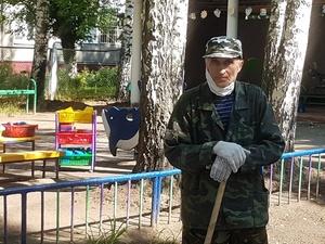 Стихотворение о Нижнем Новгороде — «Городе трудовой доблести» — написал пенсионер из Автозаводского района