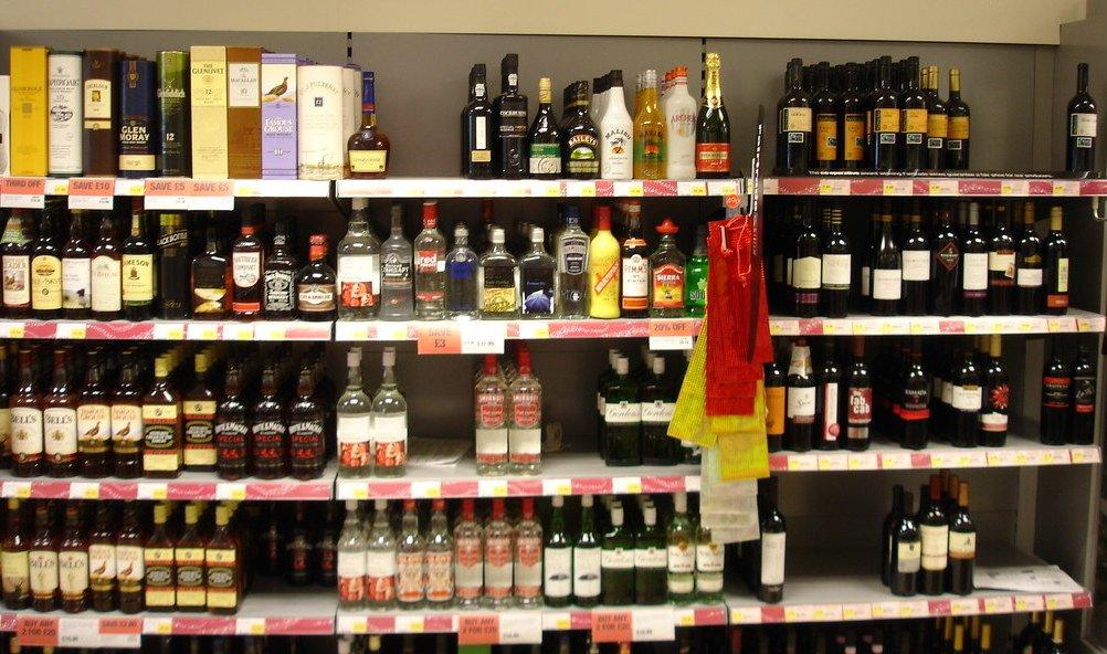Нижегородскую «Ленту» оштрафовали за дискриминацию поставщиков алкоголя и курицы - фото 1