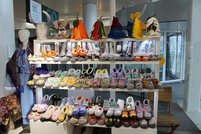 Торговля пряниками и валенками возобновилась в аэропорту Нижнего Новгорода - фото 2
