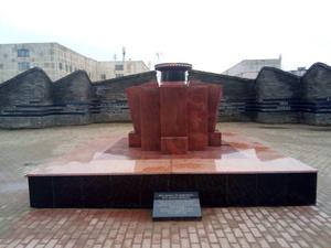 Постамент Вечного огня отремонтировали в Приокском районе
