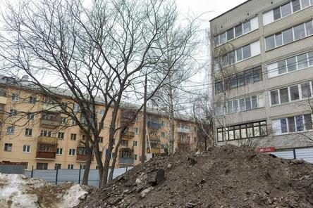 Строительную площадку под будущую гостиницу на Совнаркомовской проверит Госстройнадзор