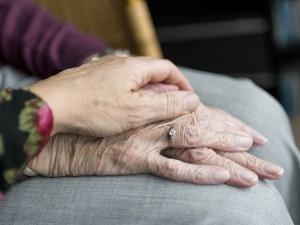 Госдума ввела уголовную ответственность за увольнение пожилых сотрудников