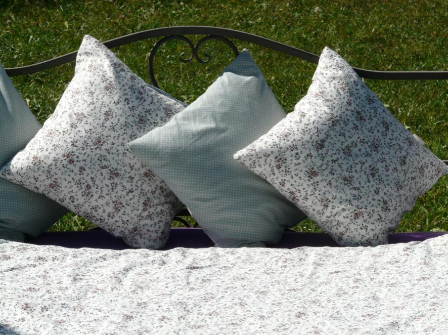 5 признаков того, что вам пора выбрасывать свою подушку - фото 3