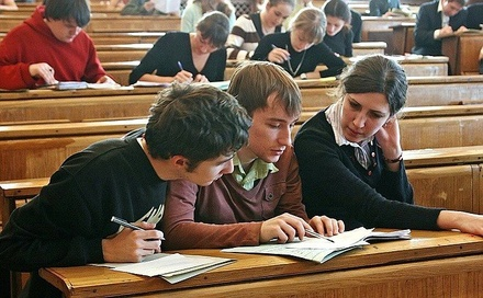 В России резко подорожало высшее образование
