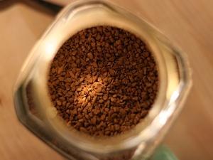 Жительница Арзамаса в течение недели похищала из магазина банки с кофе