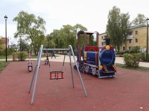 Ивовая аллея и детская площадка появились в нижегородском сквере «Мать и дитя»