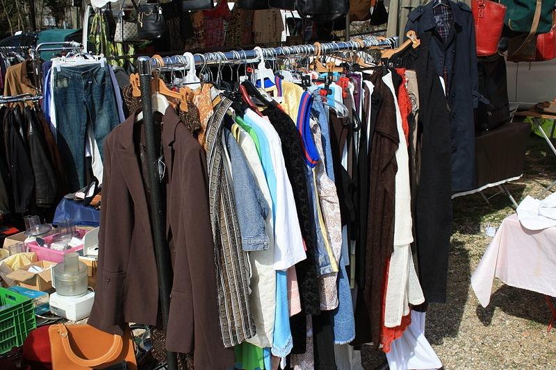 Поношенные вещи своим детям покупают 7% нижегородцев - фото 1