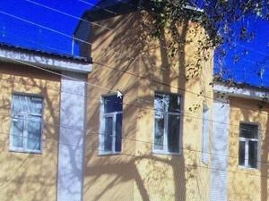 Владельцу здания в Холодном переулке грозит штраф за демонтаж лепнины