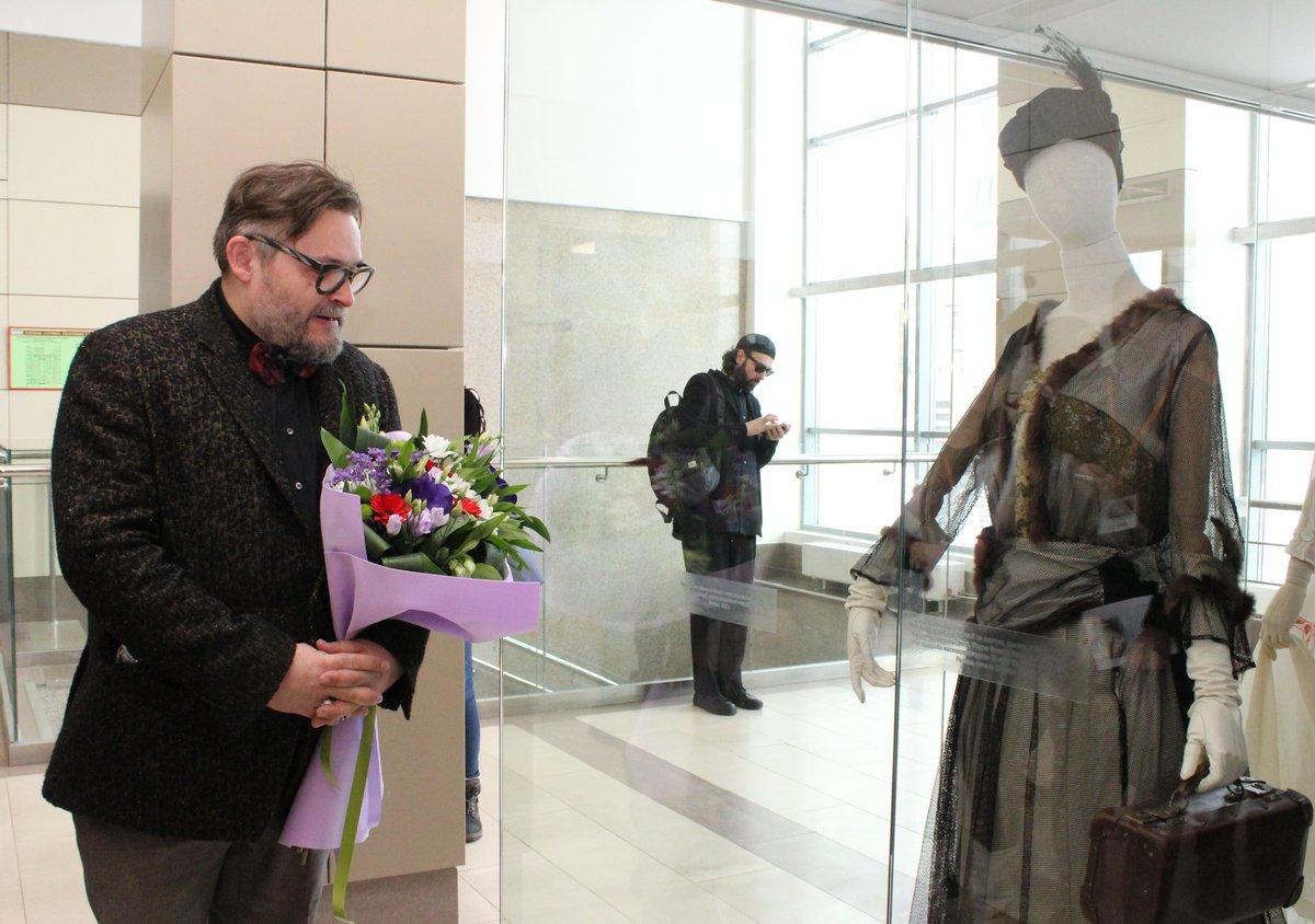 Историк моды Александр Васильев открыл уникальную выставку в Нижнем Новгороде - фото 8
