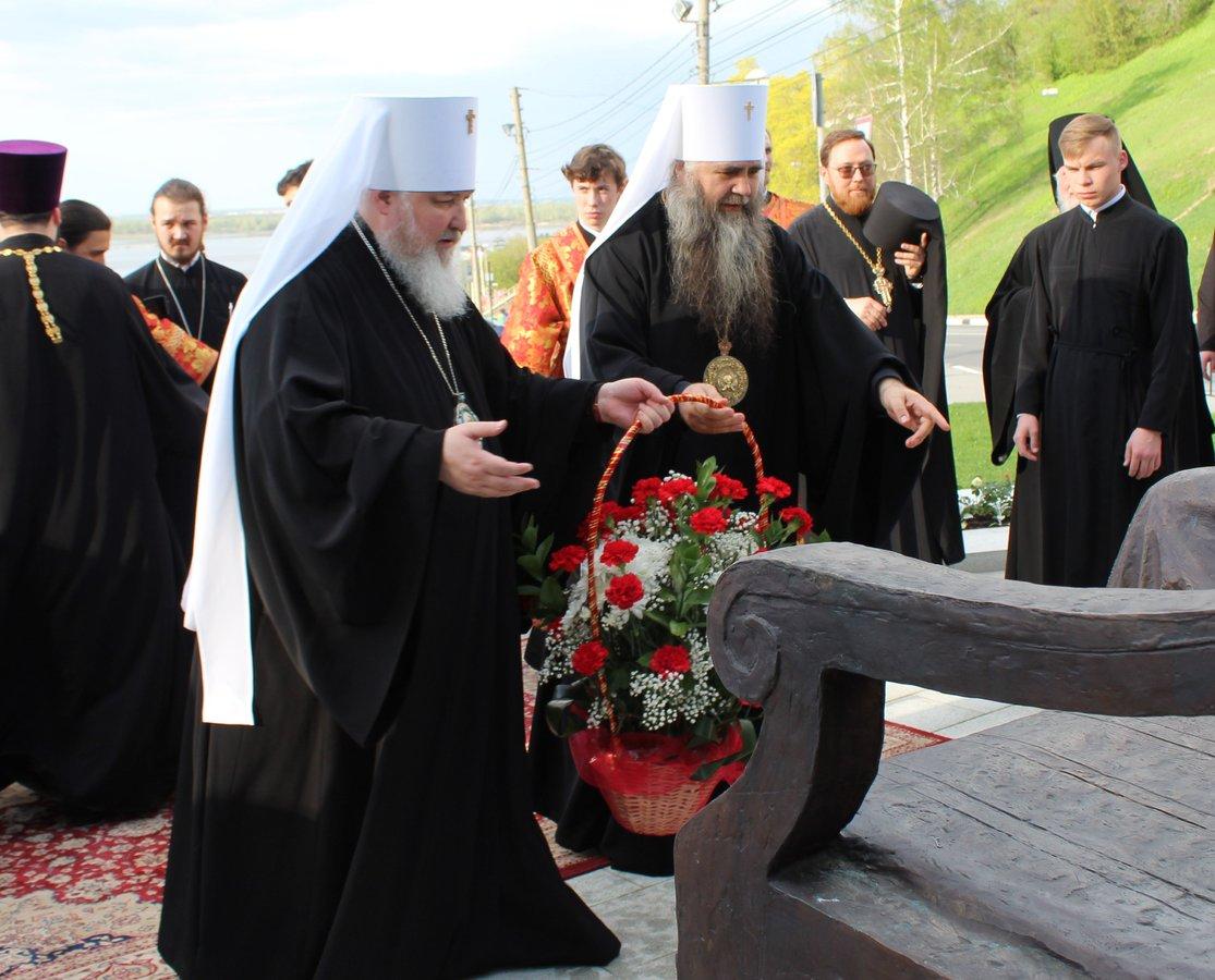 Памятник митрополиту Николаю появился в Нижнем Новгороде - фото 5